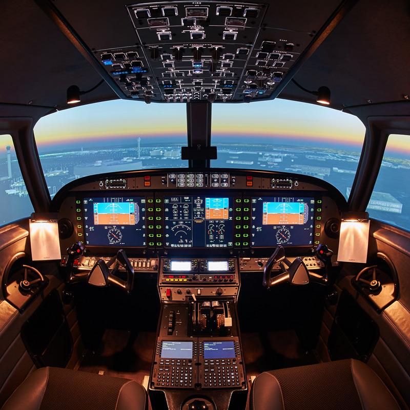 FLIGHT SIMULATOR   ALX